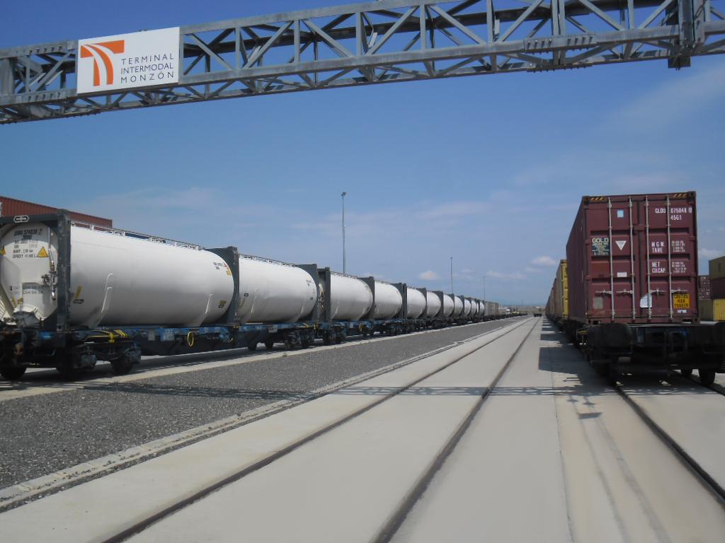 Tren Terminal Intermodal Monzón TIM